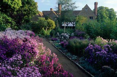 Edwin Lutyens And Gertrude Jekyll Munstead Wood Surrey London Pinterest Gardens Surrey