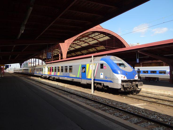SNCF TER Alsace-Triebwagen am 28.07.2012 im Gare.
