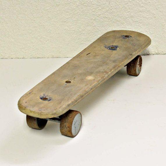 Vintage skateboard - Zipees Sidewalk Surfboard - wood - metal wheels