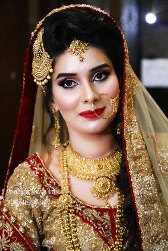 The Makeup of Makeup Artists, get the #latestbridalmakeup by Shweta Gaur best #HairAndMakeupArtist in #Delhi.