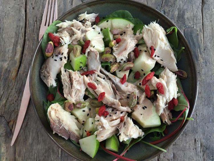 Salade met gerookte makreel en appel l