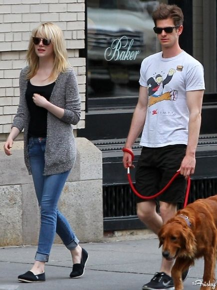 Emma Stone Street Style... This might be my go-to-the-mall staple
