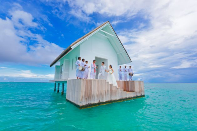 Have your #wedding #ceremony in a glass bottomed chapel located off the coast of the Four Seasons Resort Maldives at Landaa Giraavaru http://www.fourseasons.com/maldiveslg/