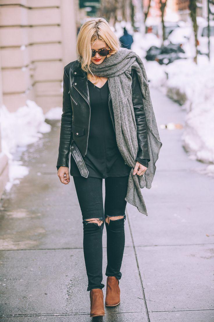 moto jacket // black tee // ripped black skinnies // tan boots