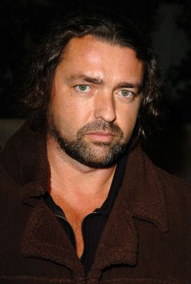 Angus Macfadyen..... Scottish
