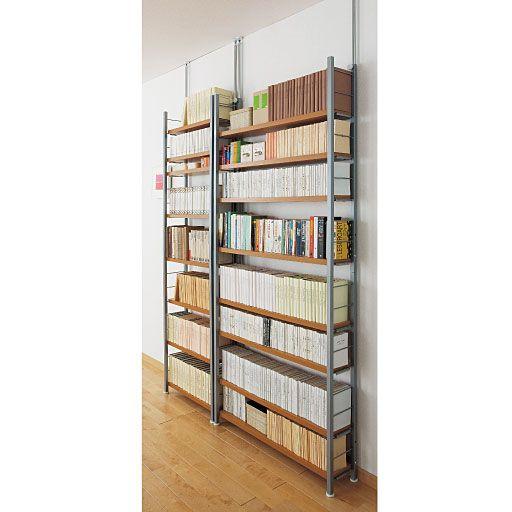 セシールの奥行選べる木製棚突っ張りスチール書棚 18,252円~25,812円の販売ページです。初めてのご注文は全商品送料無料ほか、ポイントサービスや豊富なお支払い方法でお手軽・安心なショッピングをお楽しみいただけます。オープンタイプでたっぷり収納できるスチール書棚! スチール製で頑丈ですが、棚は木目調の素材を使用しているので武骨な印象はなく、すっきりとお部屋に馴染みます。突っ張り機能もあり安定感もあり安心です。