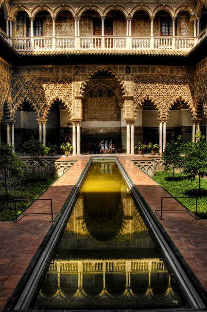Seville Alcazar. Patio de las doncellas. Alcazar de Sevilla. by J. A. Alcaide, via Flickr