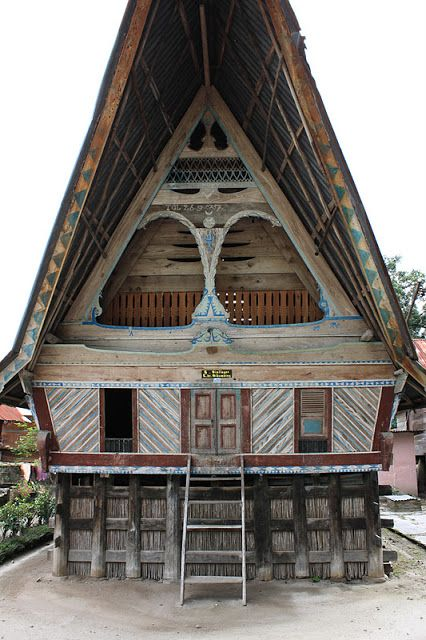 Traditional Batak House in Ambarita Island, Sumatera | Vancouver Banshee |