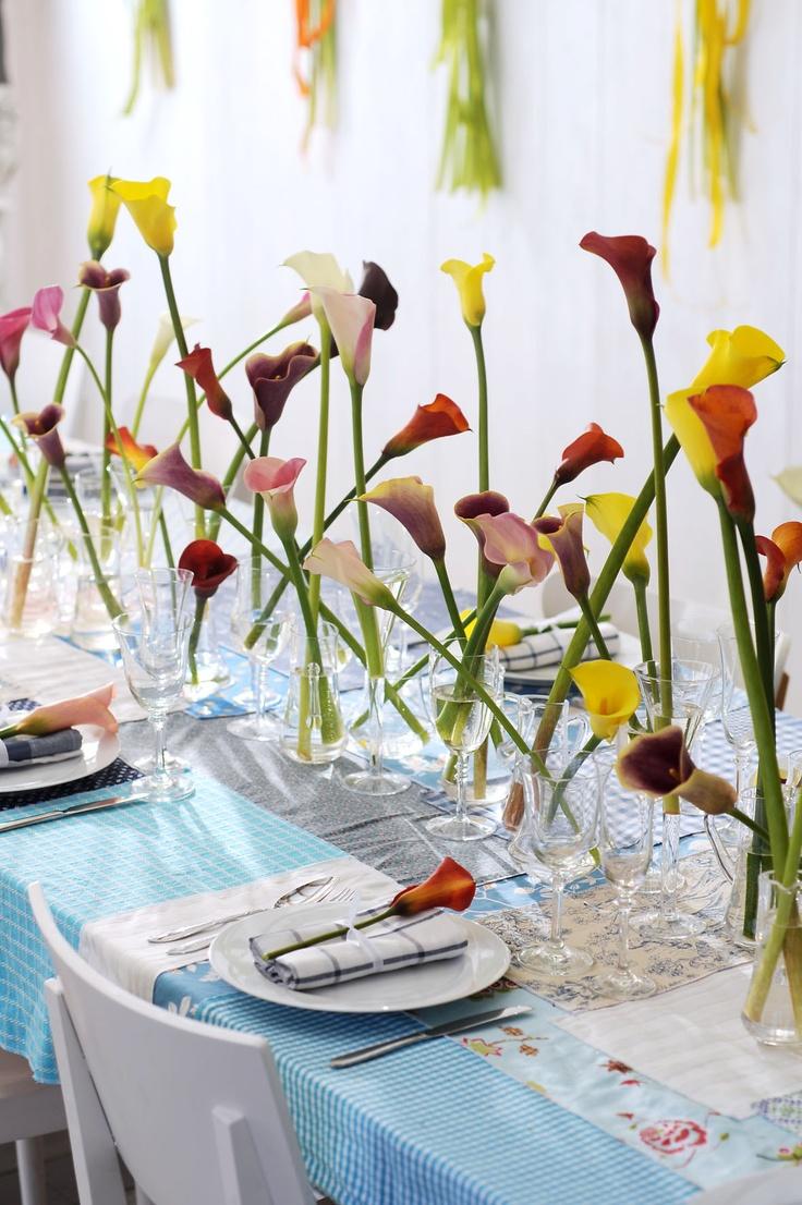 Bloemschikken: Calla's voor een feestelijk gedekte tafel