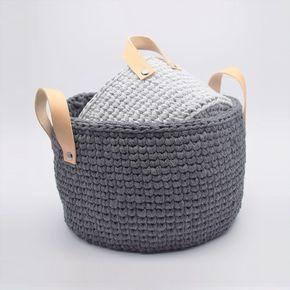 Ribbon kurve med læderhank. Sådan en hank til vasketøjskurv.
