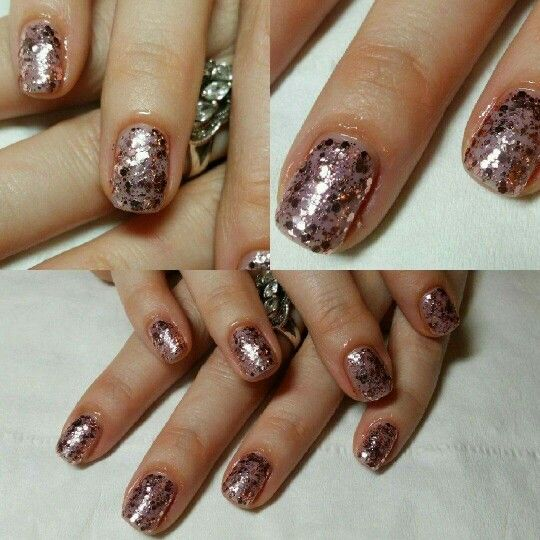 My lovely sparkly rose gold glittery nails!