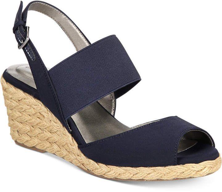Wedge sandals, Flip flop shoes, Espadrilles
