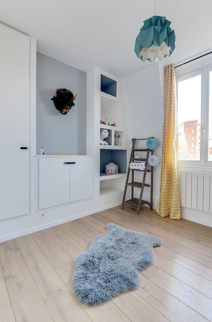 Architectes d'intérieurs, Agence Transition interior Design, Architectes: Margaux Meza et Carla Lopez Chambre bébé chambre enfant niches peau de mouton gris
