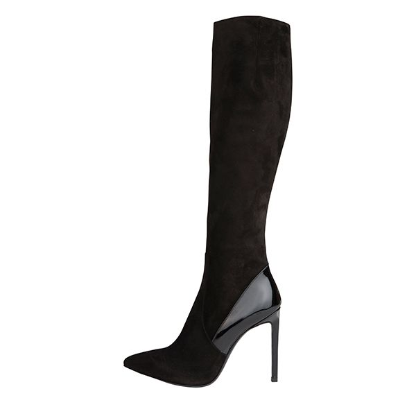 Dream of every woman: #Pollini boots with patent leader offside. #DesignerOutletParndorf