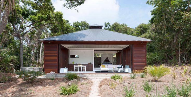 Beautiful Houses: Tropical Beach House
