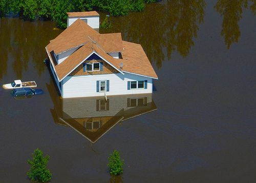 Property damage due to excess water is a common problem for property owners in #WashingtonDC, #Virginia – #Alexandria, #Arlington, #Fairfax and #Maryland – #SilverSpring, #Rockville, #Bethesda and surrounding areas. Triangle Legacy provides #waterdamage extraction/removal and flood damage restoration and repair services. http://bit.ly/2q9hCvI