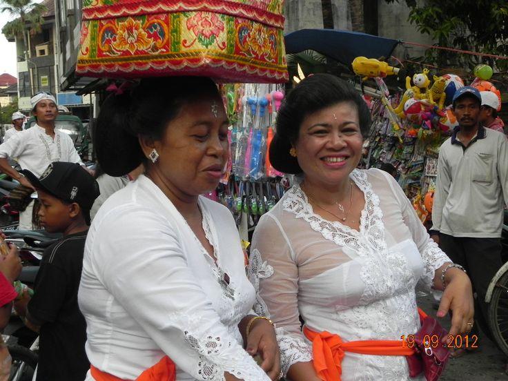 Hindu Ceremony, Kuta, Bali