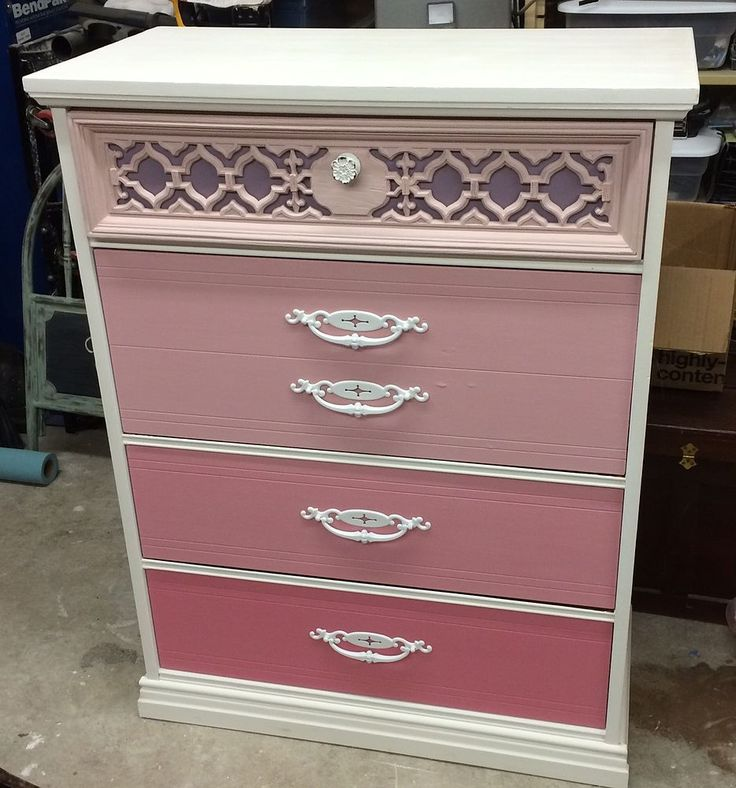 Vivaciously Vintage: Crazy for CORAL Painted Furniture!