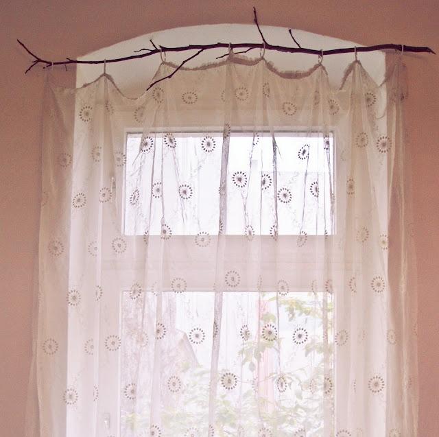 die besten 25 gardinenstange halterung ideen auf pinterest ikea schneidebrett ikea. Black Bedroom Furniture Sets. Home Design Ideas