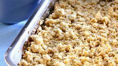 Feiner Crumble mit Apfel, Rosine und Zimt: Apfelauflauf mit Streuseln (Crumble)   http://eatsmarter.de/rezepte/apfelauflauf-mit-streuseln-crumble