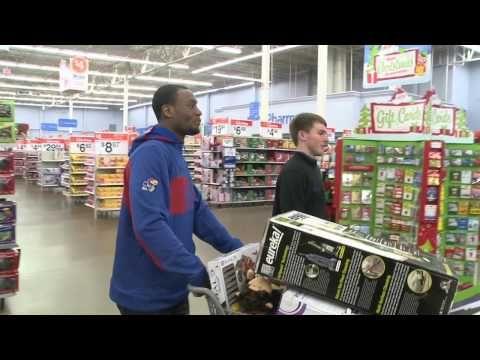 ▶ 2013 KU Men's Basketball Holiday Shopping Trip #payitforward. #AndrewWiggins