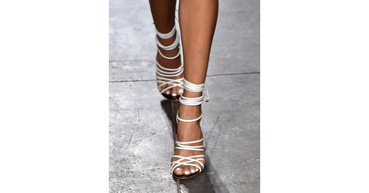 Whether they're tied up around the ankle and even the calf, we're already predicting that statement-making lace-up sandals will be any fashion girl's must-have footwear come Spring.  Nonoo Spring 2015