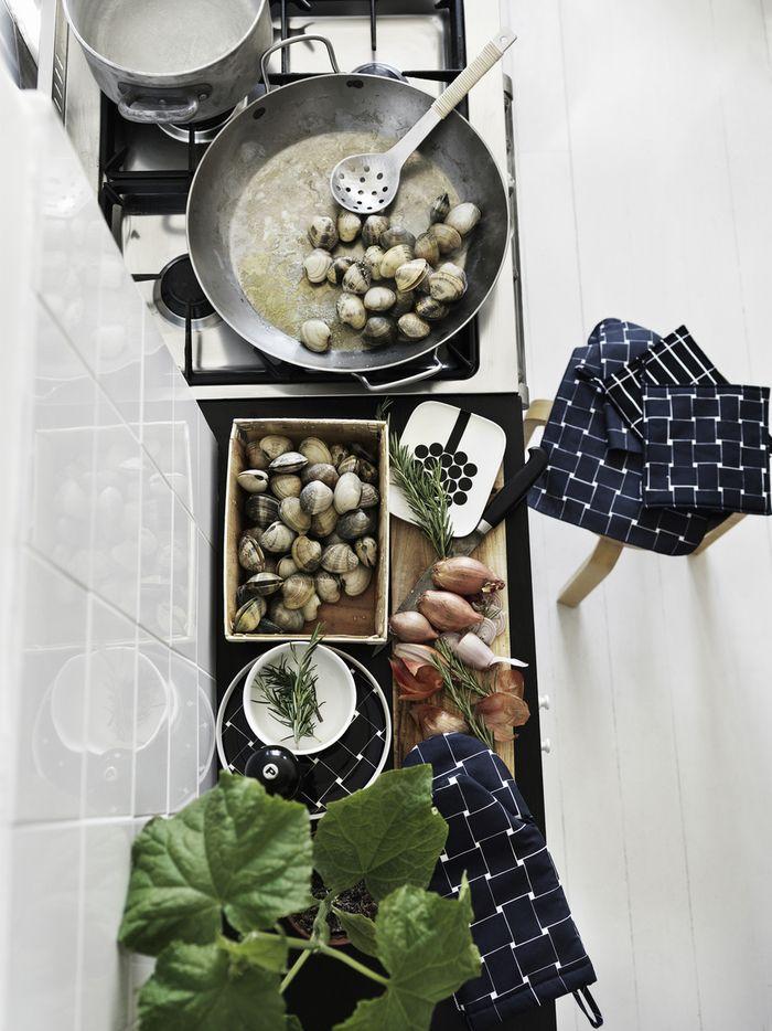 Marimekko's Basket kitchen textiles