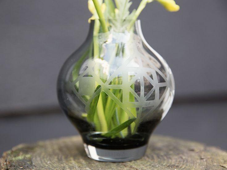 DIY-Anleitung: Ein schönes Muster auf Glas selber ätzen via DaWanda.com