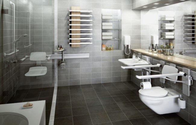 As One Grows Old Even Daily Activities Like Taking Shower Seem To Be A Real Task Standing In Accessible Shower Wheelchair Accessible Shower Handicap Bathroom
