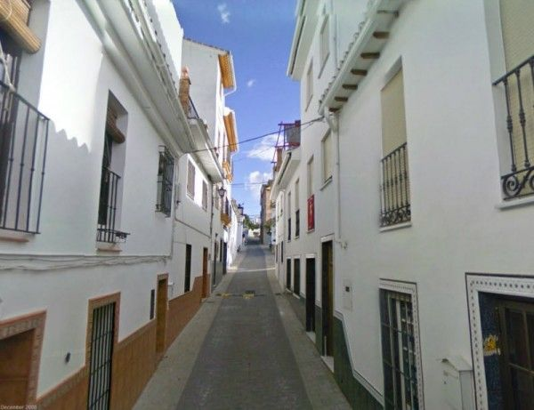 3 Bedroom Townhouse for sale in Monda - €160,000