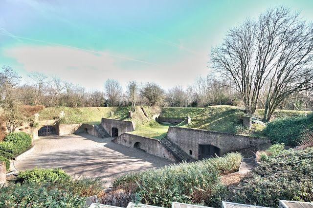 Fort De Mons En Barœul Nord France Plates Formes D Artillerie
