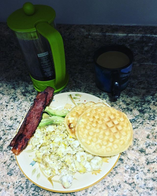 Turkey bacon,avocado,organic waffles and eggs and coffee (this was the second brew I made!) #Andersonville #chicago #tuesdaymorning #tuesdaymotivation #organicfoods #turkeybacon #avocadoforbreakfast #healthy #healthyeating #healthylifestyle #healthybreakfast #healthyfood #healthyrecipes #chicagofood #fittnessaddict #fittnessfood #runnersfuel #runnersdiet #coffee #coffeelover #coffeeaddict #coffeetime☕️ #coffeegram #coffeeholic  Yummery - best recipes. Follow Us! #healthyrecipes