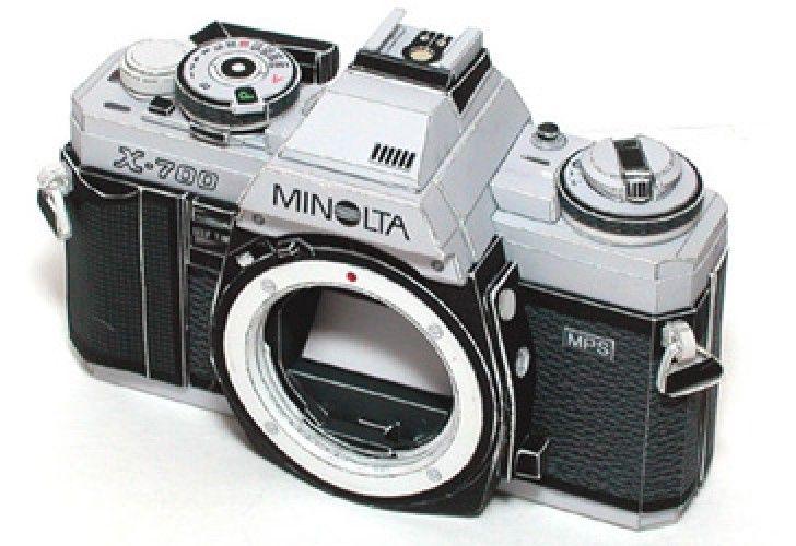 Cámara Minolta X-700 paper model- maqueta de papel gratis