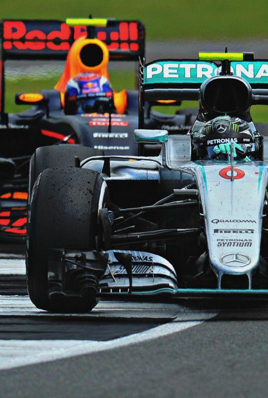 Rosberg battling Verstappen