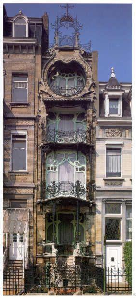 Maison Saint-Cyr de l'architecte Gustave Strauven, 11 square Ambiorix à 1000 Bruxelles