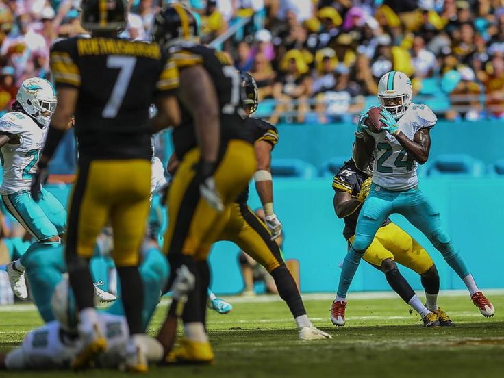 Steelers vs. Dolphins:     October 16, 2016  -  30-15, Dolphins  -      Bill Ingram/The Palm Beach PostMiami Dolphins strong safety Isa Abdul-Quddus (24), intercepts a pass from Pittsburgh Steelers quarterback Ben Roethlisberger (7), during third quarter action of their NFL game Sunday October 15, 2016 at Hard Rock Stadium in Miami Gardens. (Bill Ingram / The Palm Beach Post)
