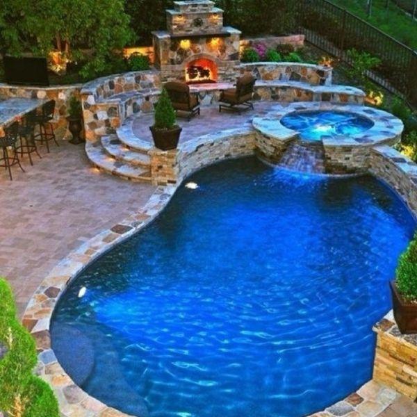 Cool poolgestaltung im garten jacuzzi kamin stein