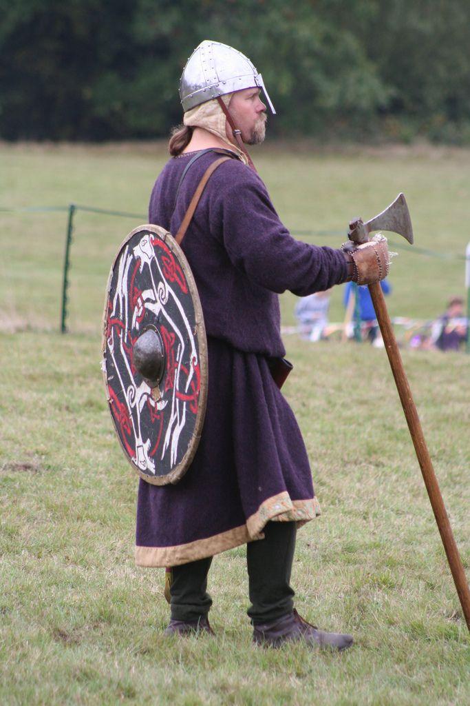 Housecarl battle of Hastings
