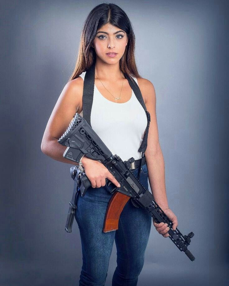 Hot 6 graders girls with guns