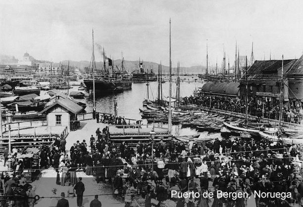 Departure Records - From Europe to America    Most immigrants from Central and Eastern Europe went to America through the ports of Bremen and Hamburg. In 1830, the emigration flow from Germany began to increase considerably. Before that date, almost all emigrants embarked for America in the ports of Rotterdam, Amsterdam, Antwerp, or Le Havre.