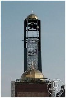 Kubah Kaca Menara Masjid namira Lamongan