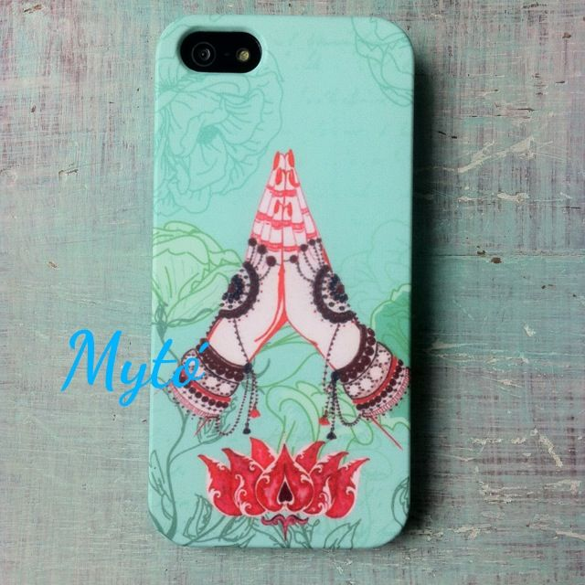 Custom phone cases by @mytodisenos