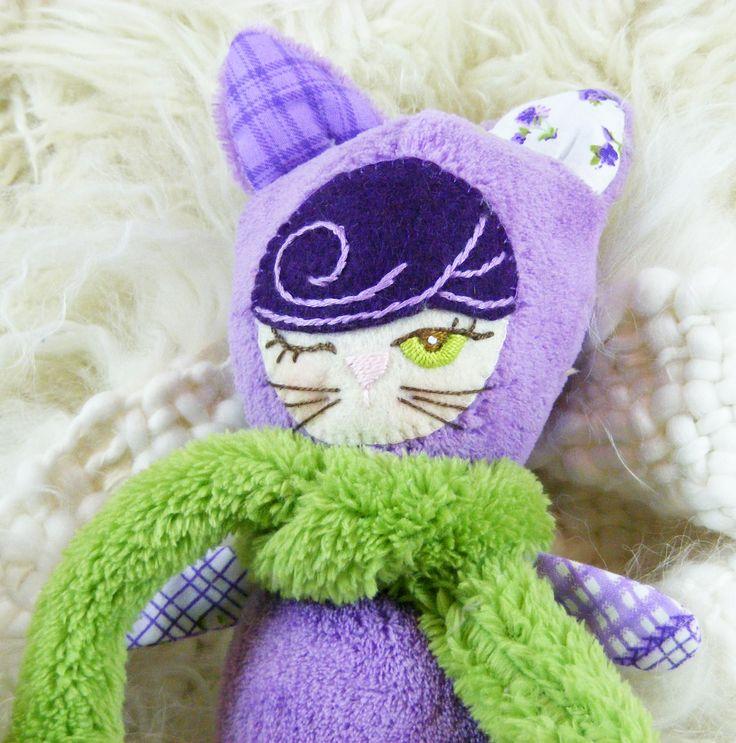 Lila cica Csepke https://www.facebook.com/artbloom.porteka