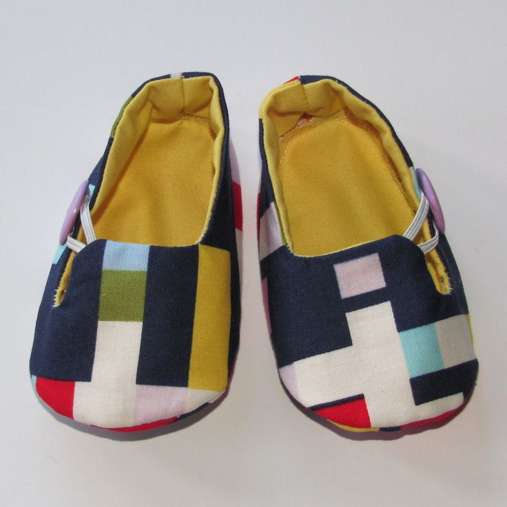 These teeny weeny shoes have been lovingly crafted by Tassie label AppleTree Accessories. Each pair is unique, featuring beautiful new and vintage fabrics with gorgeous trims. Perfect for Christenings and special  occasions!This size is approximately 10cm long inside the shoe, with larger sizes also available.