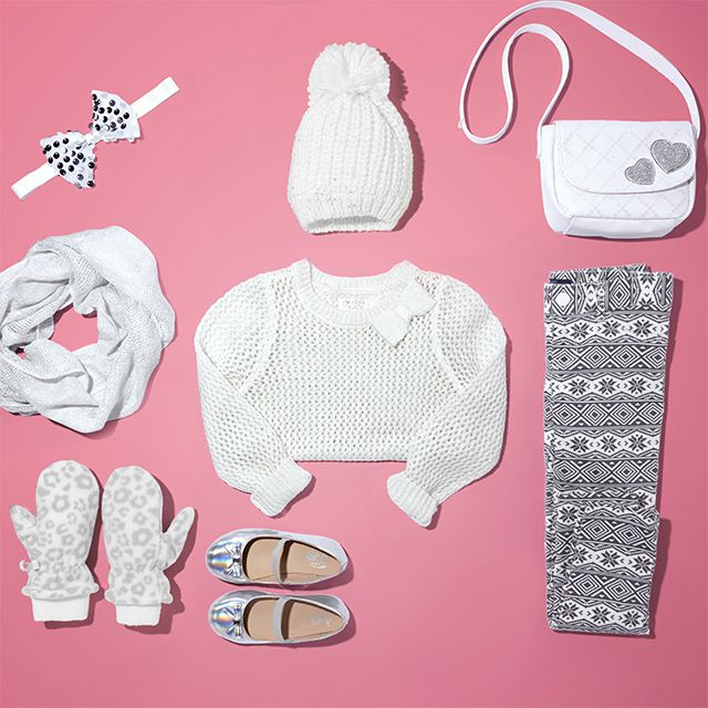Cuteness overload from head, shoulders, hands and toes. The perfect gift idea for the fashionista on your list! #ootd #GiftOfstyle