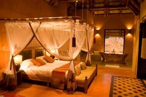 Our TAB Suspended Four Poster Kiwinet at Benguerra Lodge will make you feel like a prince/ princess.