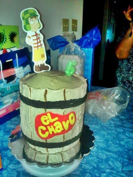 el Chavo cake (barril/barrel)