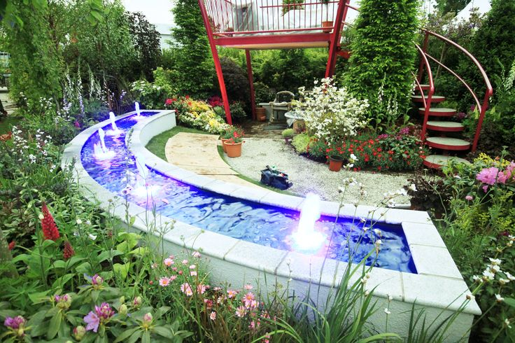 Raised Curved Pond in an awarding winning Show Garden at Bloom 2015!!