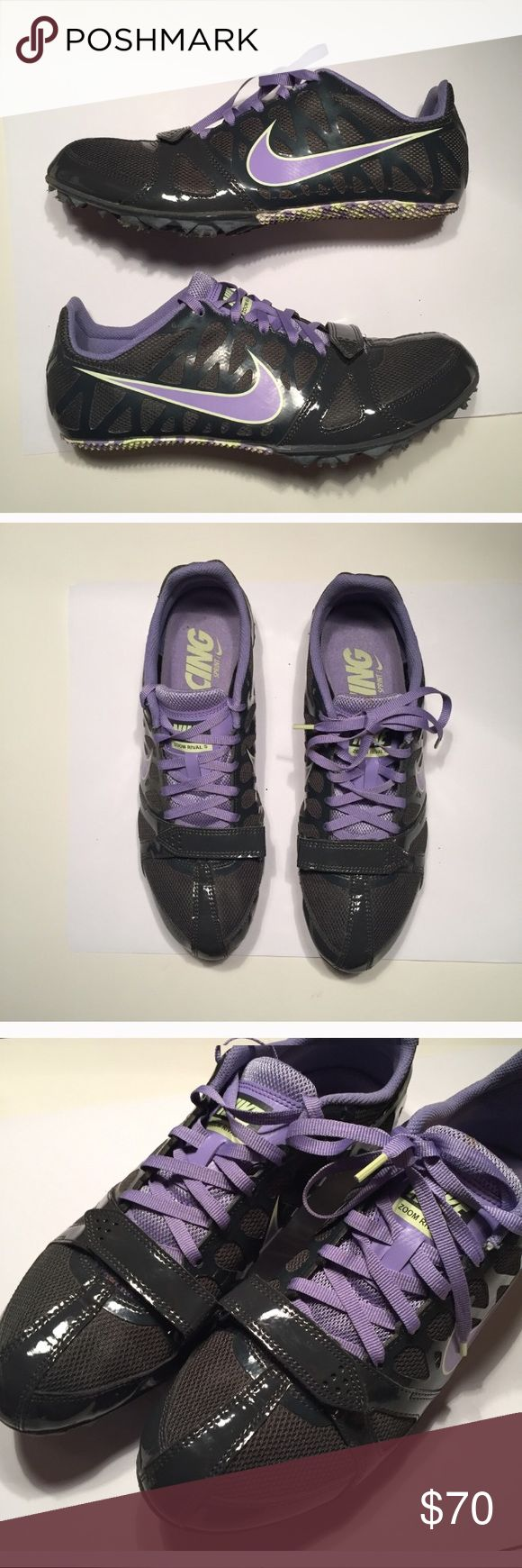 Nike cycling shoes size 10 Super cool Nike cycling shoes size 10 in excellent condition wore a couple times Nike Shoes Sneakers