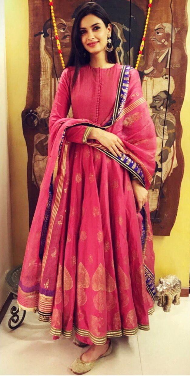 Diana Penty wears festival colours.